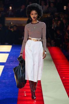 Tommy Hilfiger Spring 2019 Ready-to-Wear Fashion Show - Vogue Fashion Week Paris, Spring Fashion, Zendaya, Tommy Hilfiger, Fashion Games, Fashion Outfits, Womens Fashion, Fashion Trends, Karl Lagerfeld