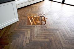 High-end wooden floors has actually gained appeal over the recent years and has actually seen many people choosing wooden floors to concrete.