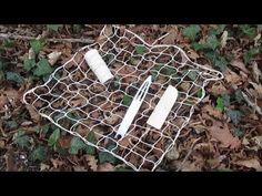 Voici ma méthode préférée de fabrication de filet. La méthode diagonale consiste à commencer dans un coin et d'ajouter des boucles pour agrandir puis supprim...