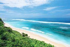 The beautiful Pandawa beach in #Bali is located not far from the luxurious Banyan Tree Ungasan Resort.