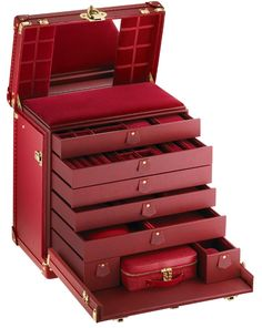A Louis Vuitton jewelry trunk