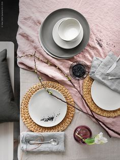 Dining by Pella Hedeby for Ikea Ikea Inspiration, Interior Inspiration, Pink Table Settings, Beautiful Table Settings, Ikea Kitchen, Kitchen Interior, Ikea Shopping, Side Plates, Dinnerware Sets
