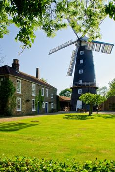 Alford windmill and tearooms, Lincolnshire Alford windmill and tearooms, Lincolnshire Alford windmill is one of the few five-sailed windmills left in the UK. It is a working mill and produces a range of baking flours from organic wheat and rye grain. A picture of: Lincolnshire, Alford