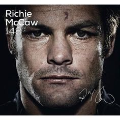 Buy Richie McCaw 148 by Richie McCaw at Mighty Ape NZ. 148 tests 131 wins 110 times captain of the All Blacks 2 Rugby World Cup triumphs 12 successful Bledisloe Cup campaigns 7 Tri-Nations titles 3 Rugby C. Richie Mccaw, Rugby Championship, All Blacks Rugby, New Zealand Rugby, Soldier Field, Rugby World Cup, Rugby Players, A Team, Good Books
