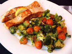 Salmón a la plancha con verduras al pesto