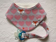 """Child Equipment Baby Gear scarf - Scarf with pacifier strap"""" Fuchs """"- a design from Lisa-Toews on DaWanda Child Equipment Baby Accessories Supply : Child Equipment Halstuch – Halstuch mit Schnullerband """"Fuchs"""" – a . Sewing For Kids, Baby Sewing, Diy For Kids, Couture Bb, Baby Accessoires, Neckerchiefs, Baby Crafts, Baby Clothes Shops, Baby Bibs"""