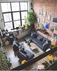 Industrial Decor Inspiration // Eastwood Designs The Perfect Scandinavian Style Home Home Living Room, Interior Design Living Room, Living Room Designs, Kitchen Interior, Home Decor Instagram, Scandinavian Style Home, Loft Design, Apartment Design, Loft Apartment Decorating