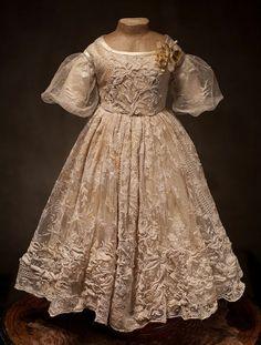 Little Girls Beautiful Lace Dress1900s