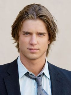 Picture: Drew Van Acker in 'Pretty Little Liars.' Pic is in a photo gallery for Drew Van Acker featuring 36 pictures. Jason Dilaurentis, Pll, Drew Van Acker, Pretty Little Lairs, Look At You, Attractive Men, Good Looking Men, Bad Boys, Nice Boys