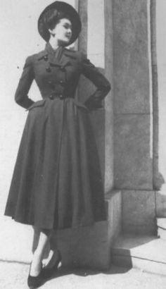 1947 - Christian Dior coat