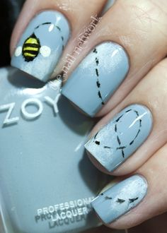 The Nail Network: Baby Shower Bee Mani!