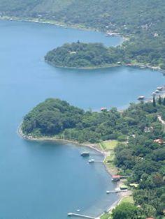 Visita el Departamento de Santa Ana: Lago de Coatepeque . El Salvador