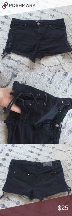 ZARA black denim mini shorts! Adorable black denim mini shorts with ties up the sides! Hate to see these go but just a tad to small for me :/ they do have good stretch. Would be good for someone who is a small or a smaller medium! Zara Shorts Jean Shorts