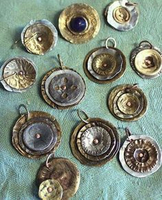 smashed metal buttons .jpg (580×720)