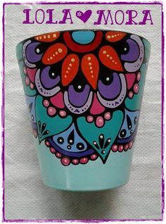 Maceta Pintada Para Cactus N°8                                                                                                                                                     Más Painted Clay Pots, Painted Flower Pots, Flower Pot Crafts, Clay Pot Crafts, Flower Curtain, Posca, Mexican Art, Pottery Painting, Terracotta Pots