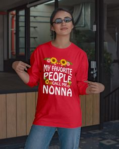 Grandma Gift My Favorite People Call Me Nonna - Red #flashover #events #gift mom presents, mom pictures, mom life, dried orange slices, yule decorations, scandinavian christmas