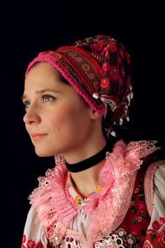 Slovak-folk-costumes: Pohorelá, Slovensko/SLOVAKIA photo Julián Veverica Folk Costume, Costumes, Ethnic Outfits, Ethnic Clothes, People Of The World, Folklore, Traditional Outfits, Beautiful People, Culture