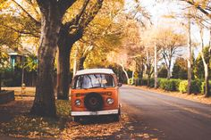 Volkswagen in fall Volkswagen, Vw T1, Fall Inspiration, Fotografia Tutorial, Autumn Cozy, Autumn Fall, Hello Autumn, Autumn Aesthetic, Seasons Of The Year