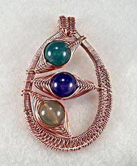 Love this wirework pendant! We teach wirework classes at the Beadles Beadshop in Broken Arrow, Ok!