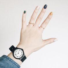 「写真映え120%!腕時計と一緒にUPしたいシンプルネイル20選」に含まれるinstagramの画像|MERY [メリー]