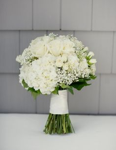 My bouquet!!! Baby's breath, roses, and hydrangeas!