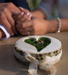 gyűrűtartók/Retrolett Képműhely és Esküvői Dekorációk, Budapest Budapest, Rings For Men, Wedding Inspiration, Men Rings