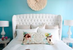 Such a gorgeous headboard.
