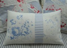 BluE Cabbage RoSeS Linen Pillow/12x16 by Sassycatcreations on Etsy