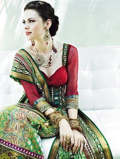 thatbohemiangirl - Posts tagged my bohemian style Bohemian Mode, Bohemian Style, Boho Chic, India Fashion, Asian Fashion, Boho Fashion, Bridal Fashion, Ao Dai, Gypsy Style