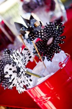 love this for centerpieces!