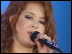 Renee Olstead   David Foster  What A Wonderful World at 15 years old.
