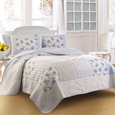 #LauraAshley Seraphina #Quilt. #TommyBahama #Lighthouse Quay #Quilt Set. #bed #beddingstyle #bedding #floral