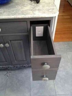 meuble de salle de bains avec tirroirs