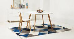 Tapis GRAFIK - Quoi de plus simple que d'installer un tapis graphique inspiré du design scandinave pour moderniser votre décoration ?