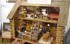 Dollhouse Decorating | Log Cabin Room Boxes | http://dollhousedecoratingblog.com