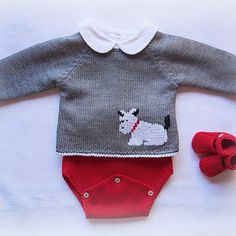 Post by maria_carapim on Insta Baby Knitting Patterns, Jumper Knitting Pattern, Knitting Designs, Baby Patterns, Knit Baby Sweaters, Knitted Baby Clothes, Cardigan Bebe, Baby Cardigan, Crochet For Boys