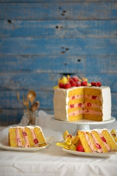 Vanilla and Raspberry Cake