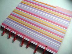 Dollar Store Crafts » Blog Archive » Make a File Folder Notebook