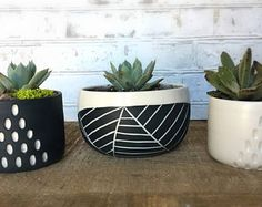 Rounded leaf carved planter - Small planter - Wheel thrown porcelain planter - modern ceramic planter - Succulent planter - made to order Large Ceramic Planters, Ceramic Bowls, Grands Pots, White Planters, Pottery Mugs, Pottery Clay, Slab Pottery, Pottery Studio, Spring