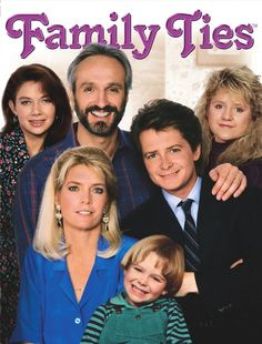 Family Ties 1982-1989 Ⓕⓤⓝⓝⓨ☼ about TV family, the Keatons starred Justine bateman as Mallory, Michael Gross as Steven (Dad), Michael J Fox as Alex, Tina Yothers as Jennifer, Meredith Baxter as Elyse (Mum) and Brian Bonsall as Andy. ˚✰˚