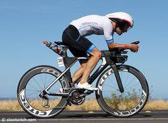 German Patrick Lange stormed to a podium spot at the 2016 IRONMAN World Championships in Kona aboard this Canyon Speedmax CF SLX. Bike Run, Road Bike, Canyon Speedmax, Kona Bikes, Fitness Photos, Bike Trails, Iron Man, Triathlon Bikes, Swimming