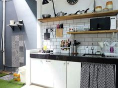 Nordic kitchen style ideas are stated to have sleek lines, bright surfaces, and simplicity. Nordic Kitchen, Kitchen Sets, Mini Kitchen, Small Kitchen Set, Kitchen Cart, Affordable Bedroom Sets, Kitchen Design, Kitchen Decor, Small Tiny House