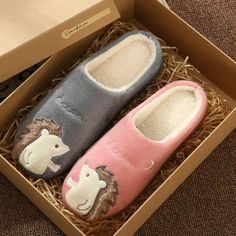 Great for Women Winter House Slippers 2019 New Non-slip Soft Fur Warm Indoor Bedroom Lover Womens Winter shoes from top store Winter Slippers, Cute Slippers, Indoor Outdoor Slippers, Winter Shoes For Women, Cute Hedgehog, Fabric Shoes, Winter House, Cute Jewelry, Types Of Shoes
