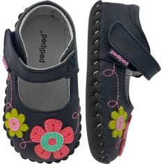 Pediped - wonder what they'll offer??  These are cute!  Originals  Sadie - Navy