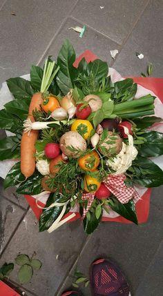 Gemüsestrauß Vegetable Bouquet, Ikebana, Greenery, Flower Arrangements, Strawberry, Table Decorations, Fruit, Vegetables, Flowers