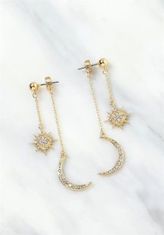 Gold Starburst Stud Earrings – Sparkly star earrings/ Astrology earrings/ Celestial earrings/ Gold star studs/ Sunburst studs/ Gifts for her – Fine Jewelry Ideas – Beautiful Jewelry Diamond Jewelry, Gold Jewelry, Jewelry Box, Jewelry Accessories, Jewelry Necklaces, Jewelry Ideas, Gold Bracelets, Gold Earrings, Jewelry Stores