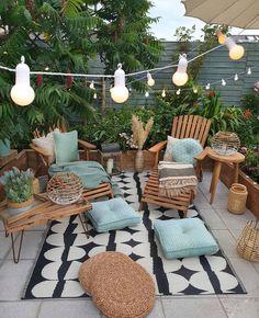 """DIY HOME por Diego Rodrigues on Instagram: """"Olha só que área externa linda 😍. Um ótimo espaço para relaxar não acham? Fonte: @sixat21 . #diyhomebr"""""""