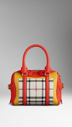 The Mini Bee in Horseferry Check | Burberry