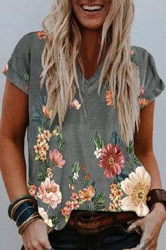 Colorful Blooms And Leaves Print V-Neck Short Sleeves T-Shirt Types Of Sleeves, Short Sleeves, T Shirts For Women, Clothes For Women, Free Clothes, Casual T Shirts, Neue Trends, Floral Prints, Floral Tops