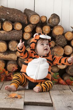 Baby tiger costume complete with BabyLegs legwarmers in Tiger!